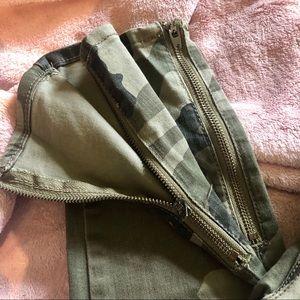 Bullhead Jeans - 🍂 Fall Essential 🍂BULLHEAD | Camo Denim Jeans